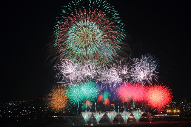 Abegawa Fireworks Festival, Abe River, Shizuoka Pref.