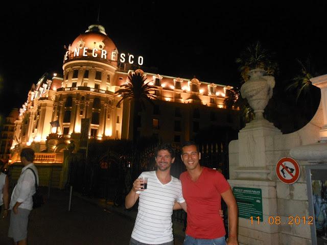 Tá vendo esse hotel aí? Fiquei lá não Hotel Negresco Nice Promenade des Anglais França