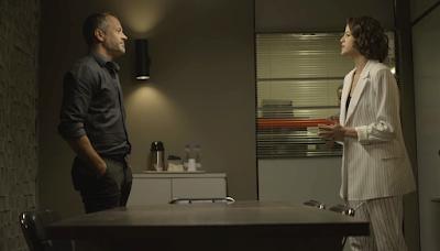 Em 'A Dona do Pedaço', Agno (Malvino Salvador) se alia a Jô (Agatha Moreira) para se vingar de Fabiana (Nathalia Dill) — Foto: TV Globo