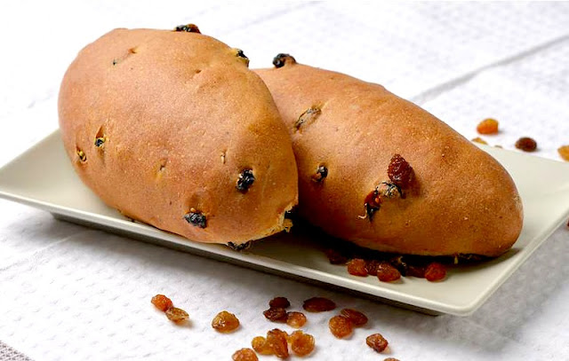 Sweet bread rolls with raisins - Ioanna's Notebook