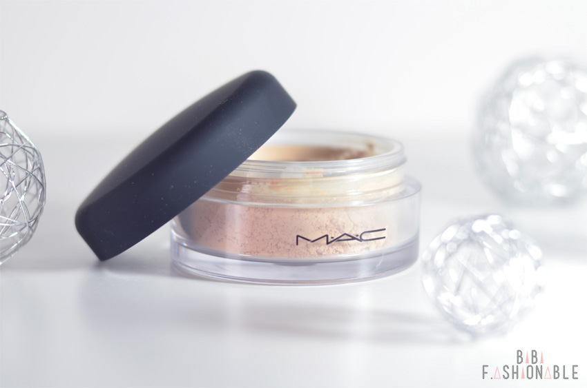 Woman-Day MAC Mineralize Loose Foundation ausgepackt