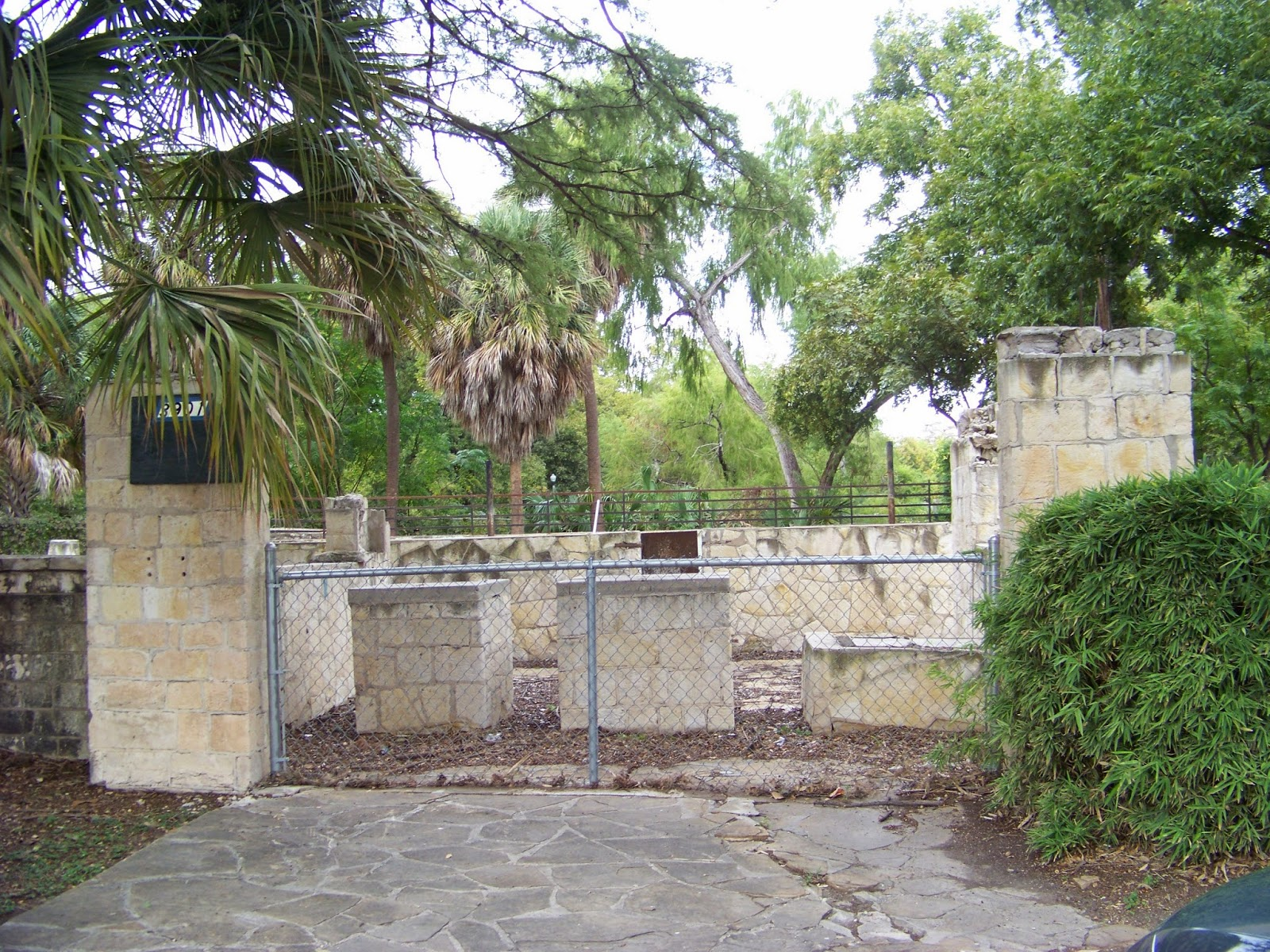 Doorway Into the Past: Reptile Garden, Brackenridge Park