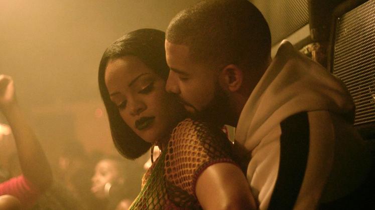 """O novo CD do rapper, """"VIEWS"""", acabou de ser lançado e é CLARO que tem uma música com a Rihanna."""