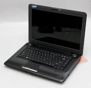 Jual laptop Bekas Toshiba A355