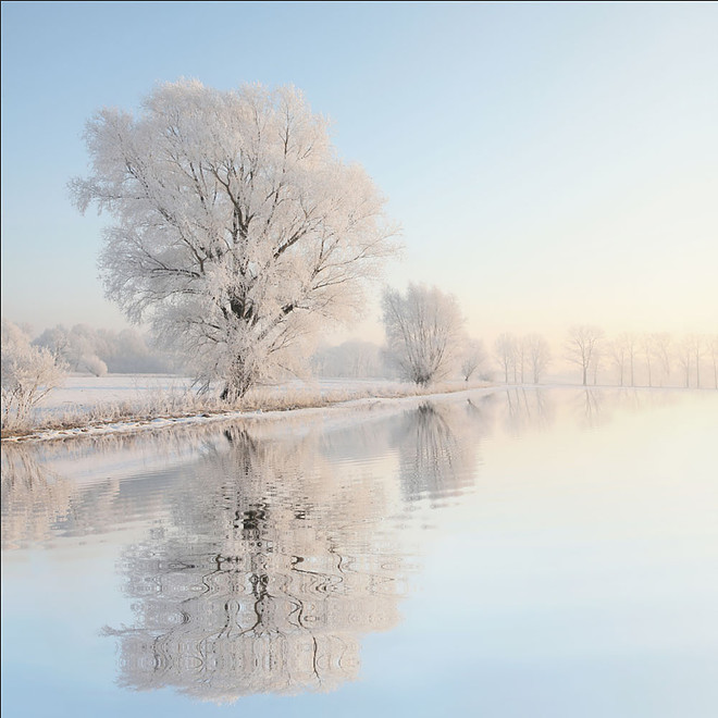11-Winter-Reflection-Matt-Story-Serenity-in-Hyper-Realistic-Paintings-www-designstack-co