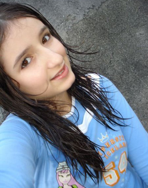 beautiful girl under 18