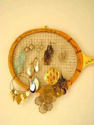 earring rack made from badminton racket