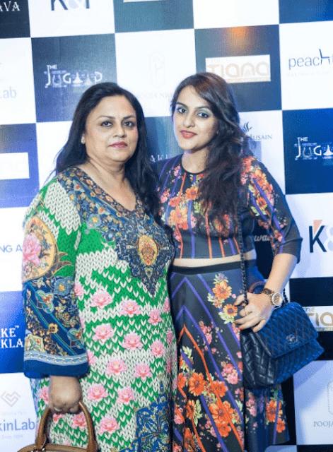 Pranita bansal & Akansha bansal
