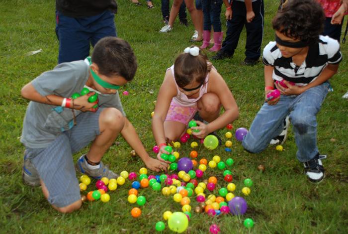 Todos A Jugar 30 Juegos Retos Y Penitencias Con Pelotas Y Balones Primera Parte