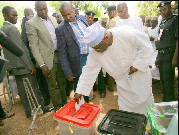Atiku In Kano: See Photos Of Buhari, Atiku, And Emir Of Kano, Lamido