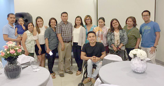 Davao Bloggers with Dr. Duane Salud and  Ms. Marvey E. Alcantara, Uratex Consumer Marketing Manager.