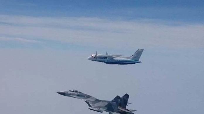 TNI AU Usir Pesawat Asing dari Kepulauan Riau