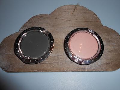 Prestige Cosmetics- Cienie ombretto Matt Black i Matt Nude