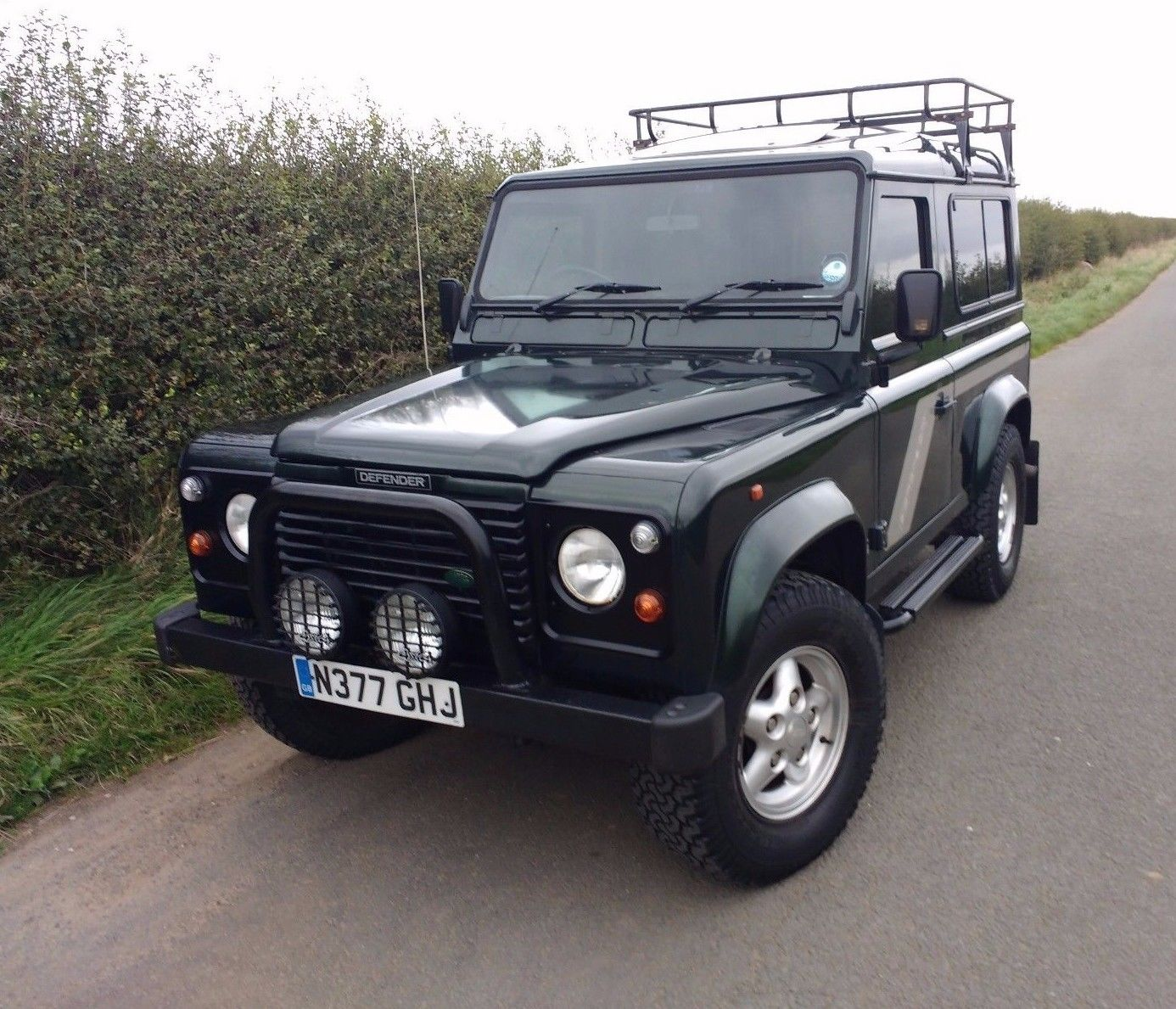 Landrover Defender: 1996/N LAND ROVER DEFENDER 90 COUNTY