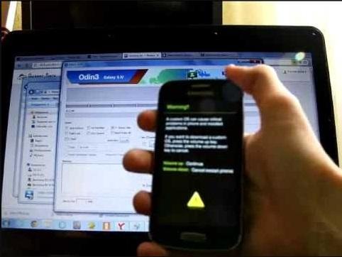 Cara Mengatasi Samsung Galaxy Ace 3 GT-S7270 Bootloop