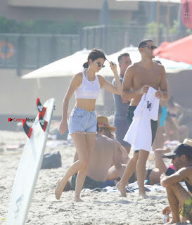 Kendall-Jenner-and-Blake-Griffin-Seen-at-beach-in-Malibu-02+%7E+SexyCelebs.in+Exclusive.jpg