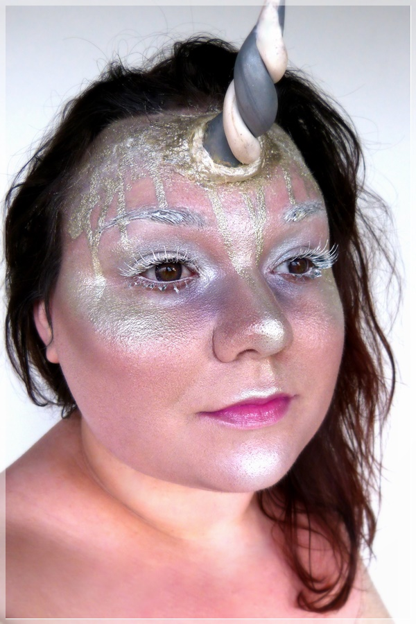kreativer Einhorn Make-up Look