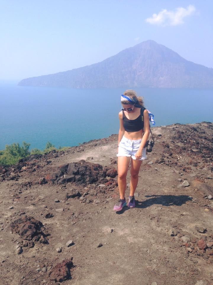 Krakatau is a volcanic island between Java and Sumatra. We took a private fast boat from Carita to this island and then started hiking on the volcano. The view is breathtaking and it's worth the trip!! After this we also did some snorkeling in an aerea nearby and I can tell you: there are so many amazing fishes that's it's amazing !!