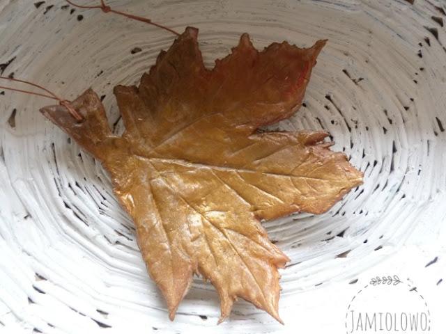 liście z zimnej porcelany
