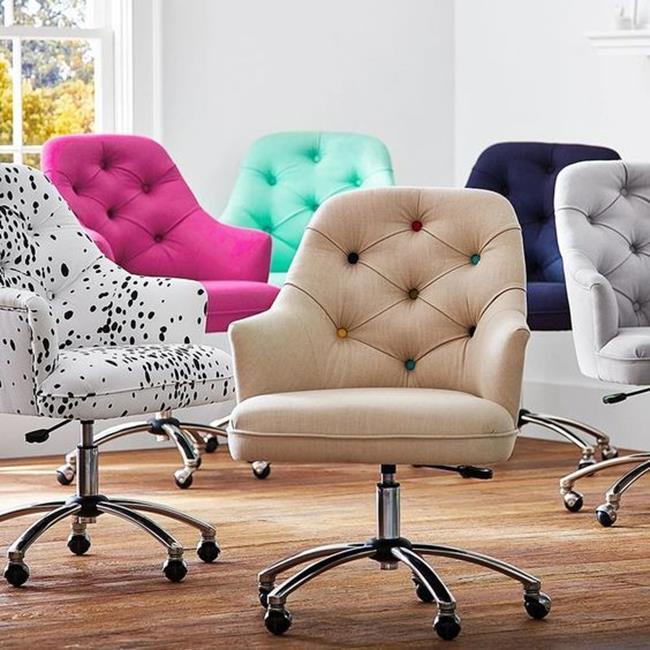 renkli sofistike sandalyeler