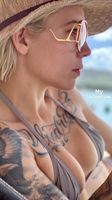 Skylar Grey nipples