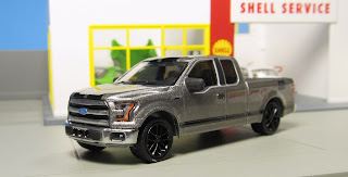 "GreenLight Hollywood Hitch & Tow ""Gone in 60 Seconds"" 2015 Ford F-150"