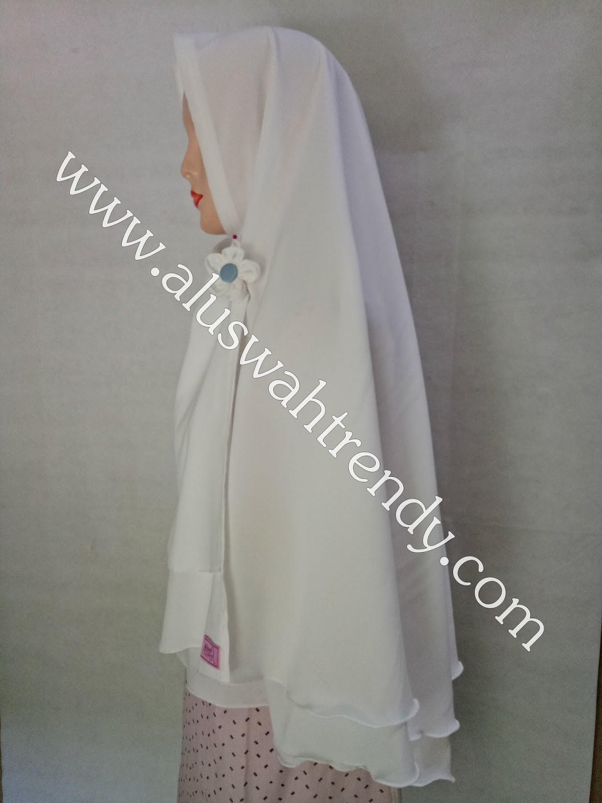 Jilbab Khimar Instan Putih Tulang 24