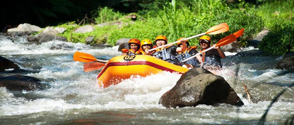 Wildwasserrafting bei Ayung Fluss