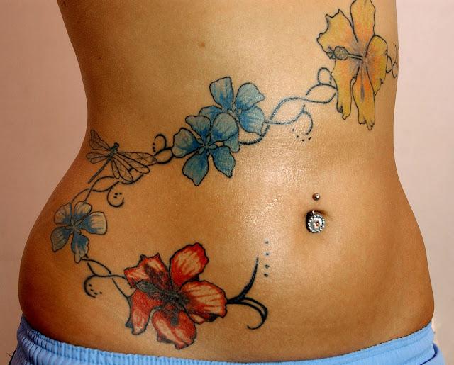 tatuajes para mujeres en la cintura