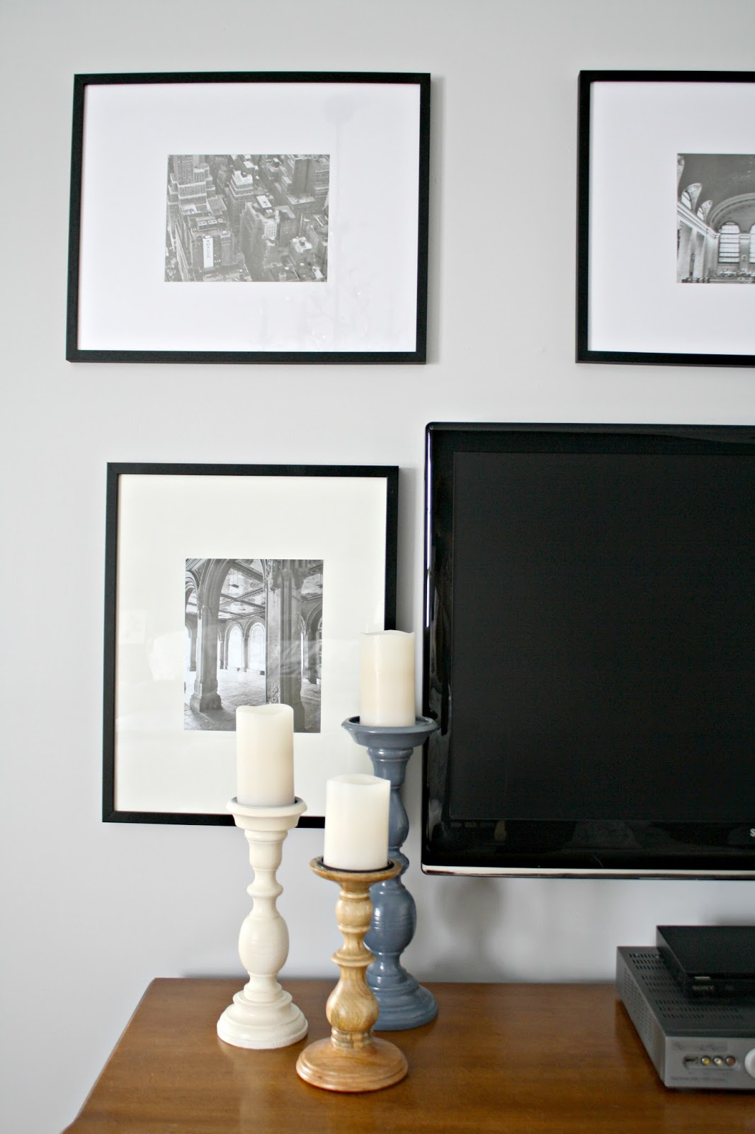 Finished TV Wall in the Master (Finally!) from Thrifty Decor Chick