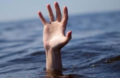 Menenggelamkan Diri Sendiri Kedalam Air Sampai Mati!