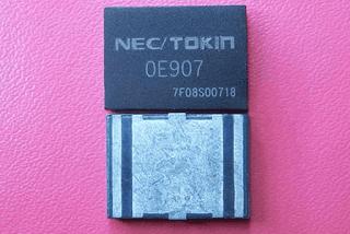 Kapasitor NEC TOKIN