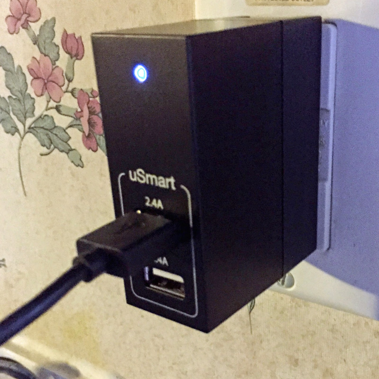http://www.amazon.com/UNU-Duo-Port-USB-Wall-Charger/dp/B00LOZ5AT6/ref=sr_1_1?s=wireless&ie=UTF8&qid=1424951648&sr=1-1&keywords=unu+wx+2+port