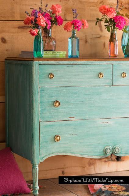 Vintage Dresser Fusion Mineral Paint Orphans With Makeup