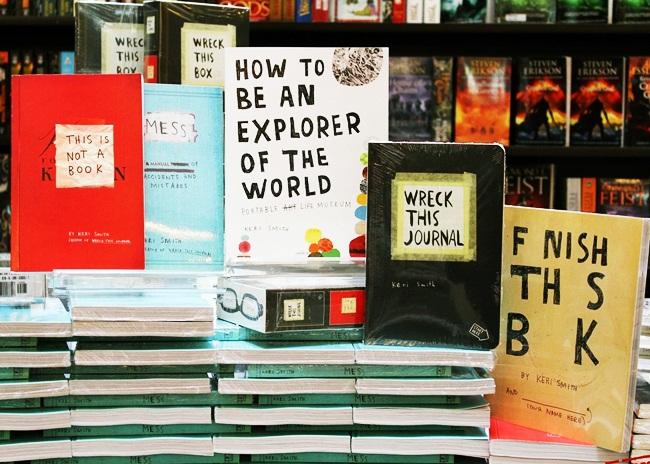 Os livros da Keri Smith.
