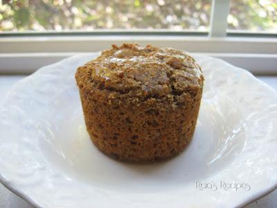 Banana Applesauce Muffins by raiasrecipes.blogspot.com