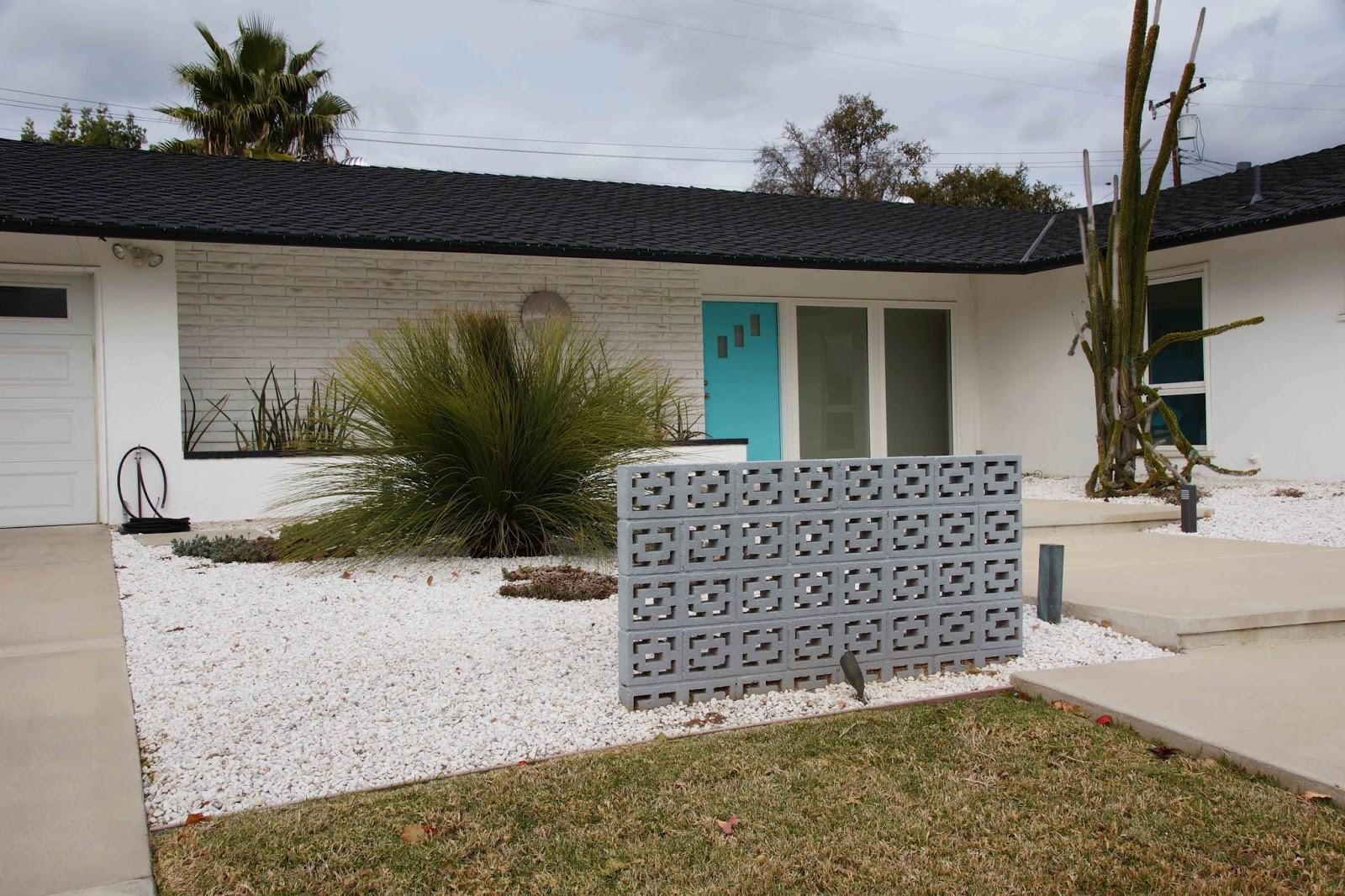 Mid Century Retro Modern Ranch House Landscape