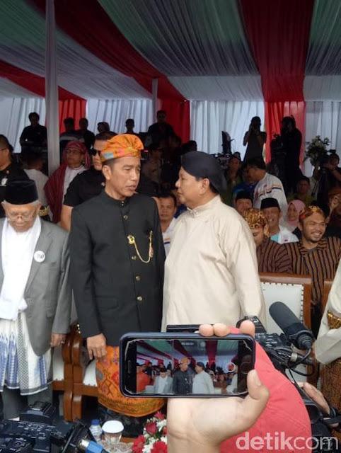 Jokowi Vs Prabowo di Pengikut UAS sampai Habib Rizieq