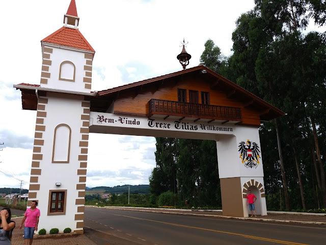 Treze Tílias, Santa Catarina, Viagem nacional