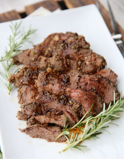 Garlic-Rosemary Tri Tip Roast