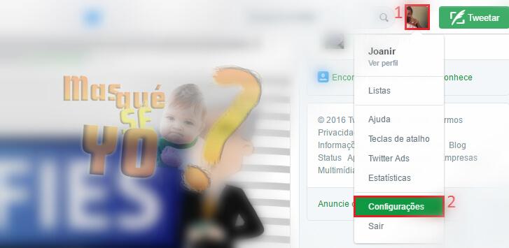 Na parte superior do site, clique na sua foto de perfil e no submenu, selecione Configurações