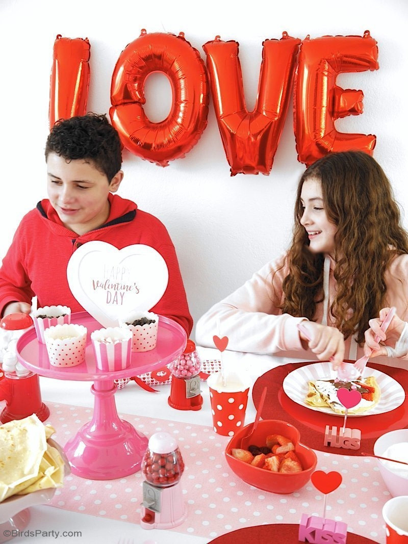 Valentine's Day Crepe Party  - simple and fun ideas to hosting kids, family or friends for Love Day with a delicious pancake desserts tablescape! by BirdsParty.com @birdsparty #valentinesday #tablescape #crepeparty #pancakeparty #kidsvalentinesday #valentinesdayparty #galentinesdayparty #partyideas