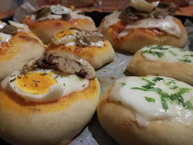 Pizzette condite dopo la cottura in forno