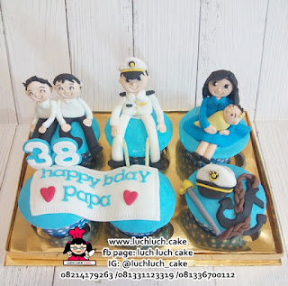 Cupcake Untuk Suami Tema Angkatan Laut