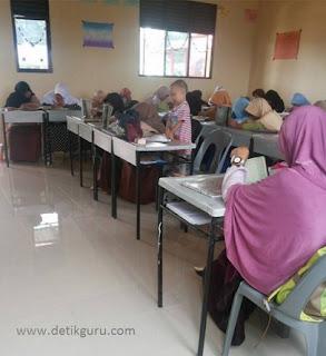 Menteri Yohana: Telepon Genggam Sangat Mengganggu Proses Belajar Mengajar