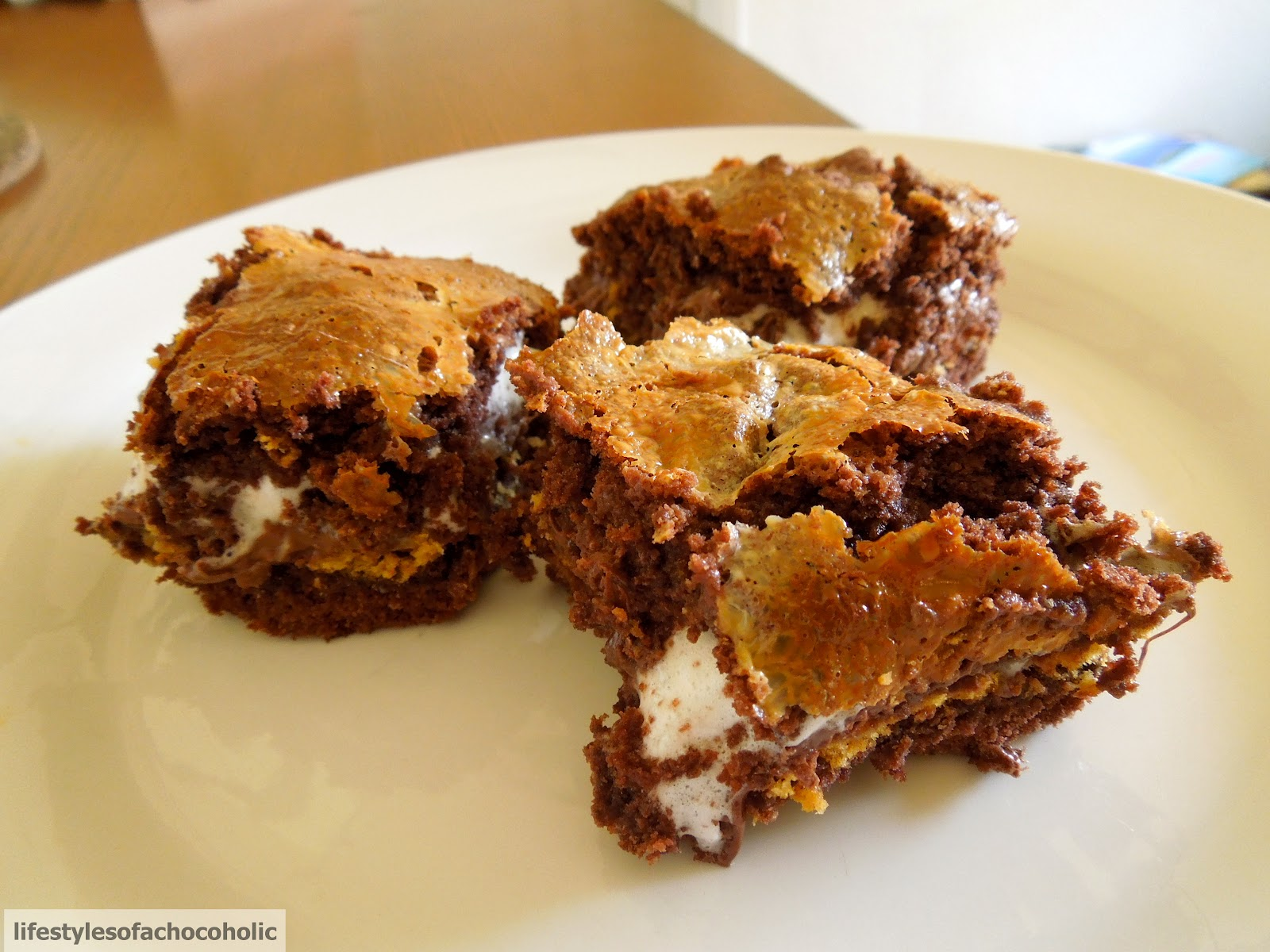 Chocolate Smore's Gooey Bars - Confessions of a Baking Queen