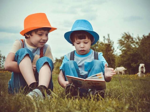 Tener un hermano menor te hace más empático y amable: estudio