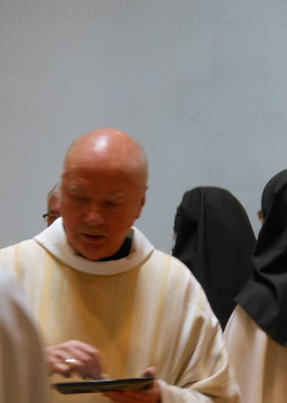 Carmel de franche comt saint maur jura hom lie for Jean d ormesson si tu savais najat