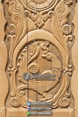 Pintu Jati Ukir Motif Hewan