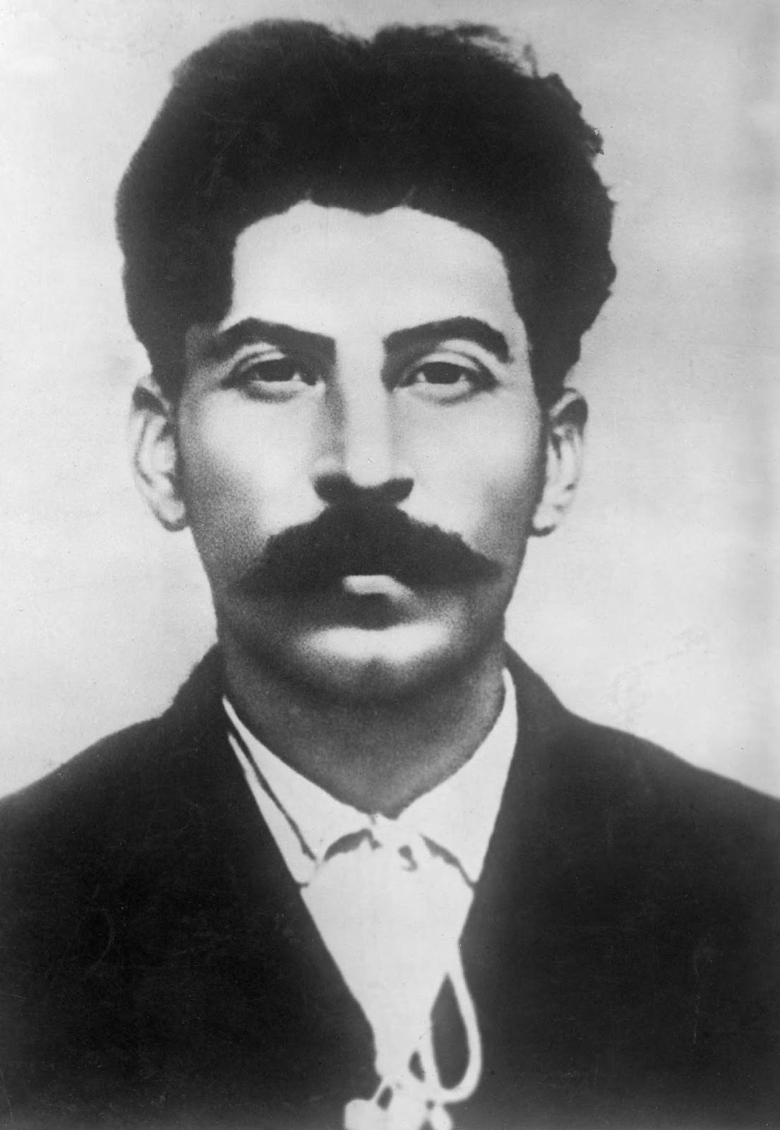 Young Joseph Stalin Handsome Young Stalin in pictur...